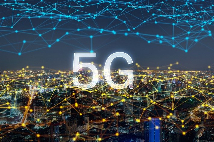 The Multidimensional Challenge Curves of 5G
